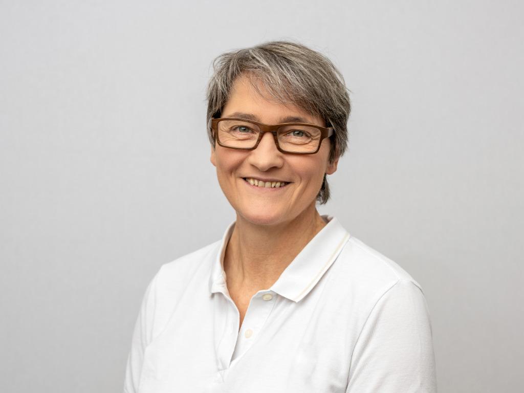 Bettina Schultze-Rhonhof, Physiotherapeutin Praxis Ueck